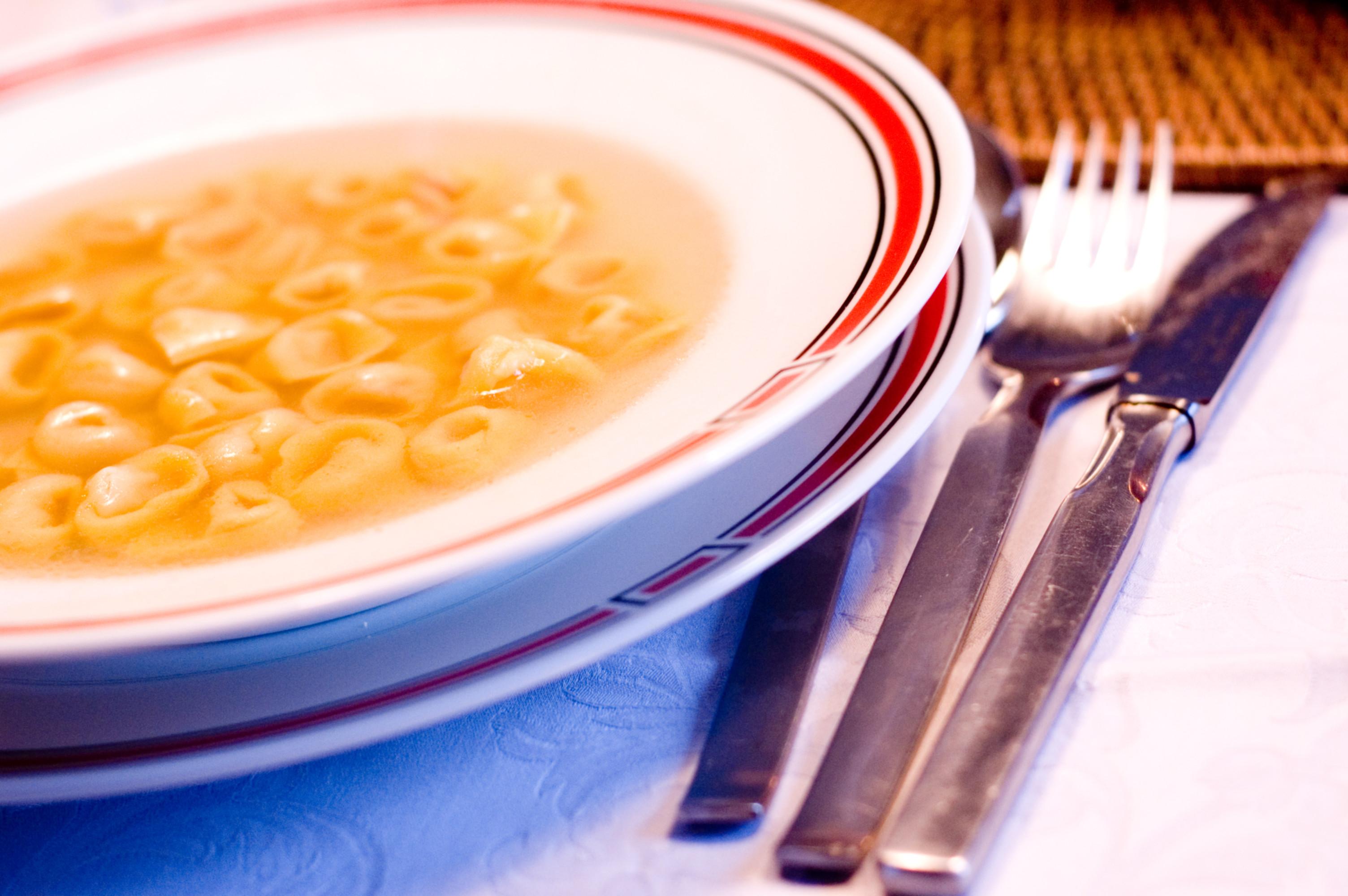 Tortellini_In_Brodo.jpg