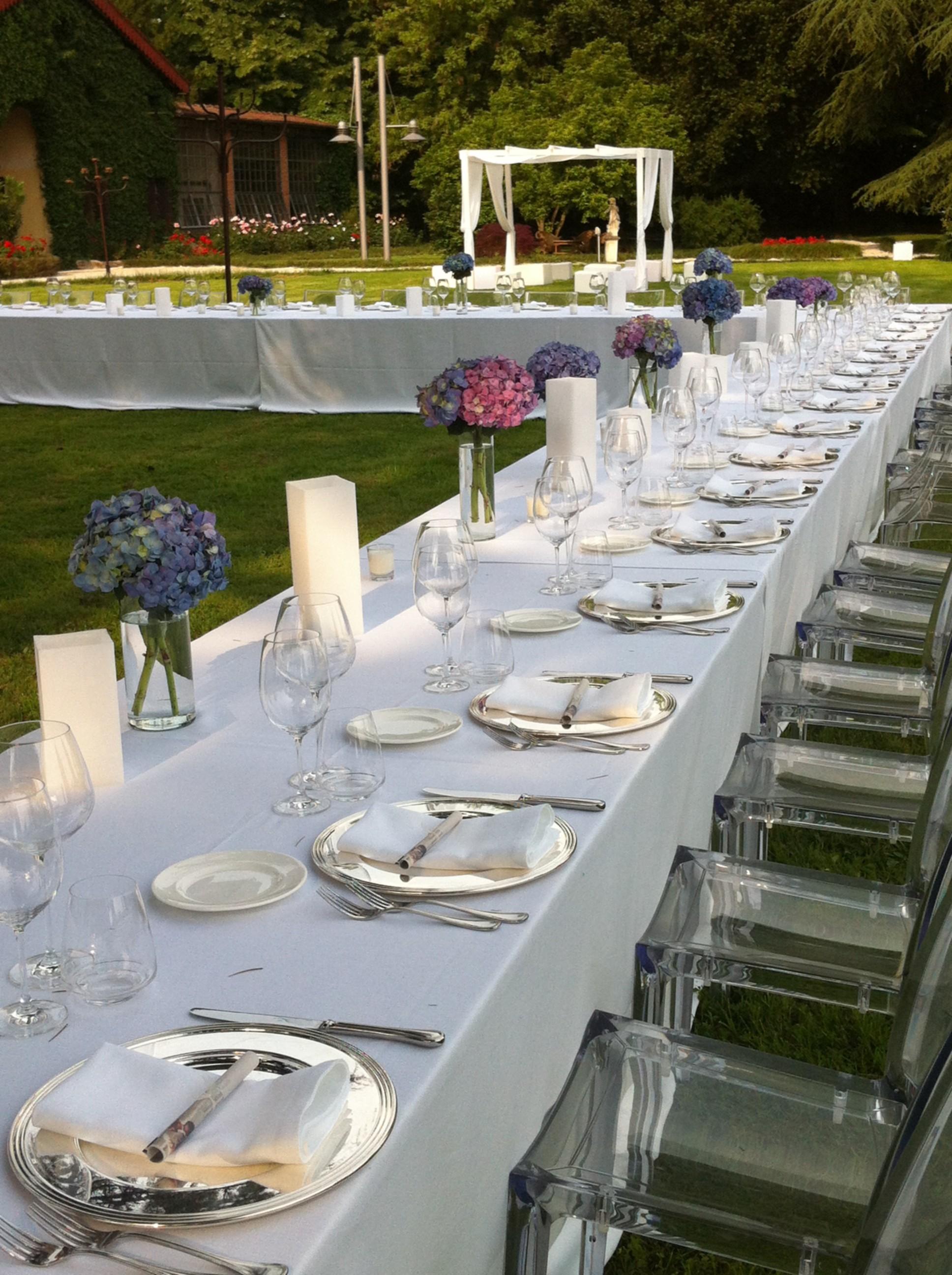 Bien connu Come organizzare i tavoli per un matrimonio - GuidaCatering.it RF48