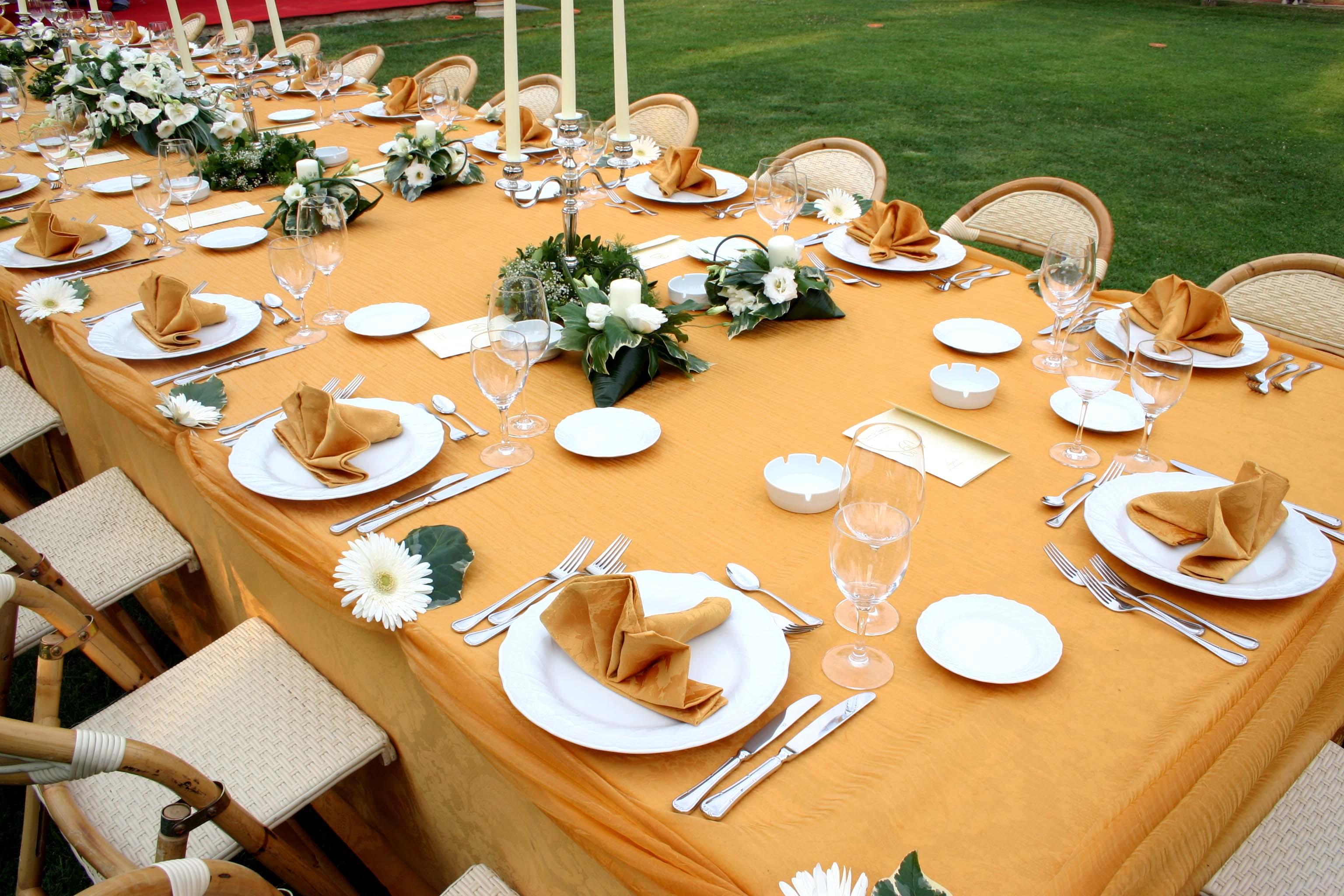 Decorazioni Matrimonio Arancione : Matrimonio con i girasoli fiori e foglie