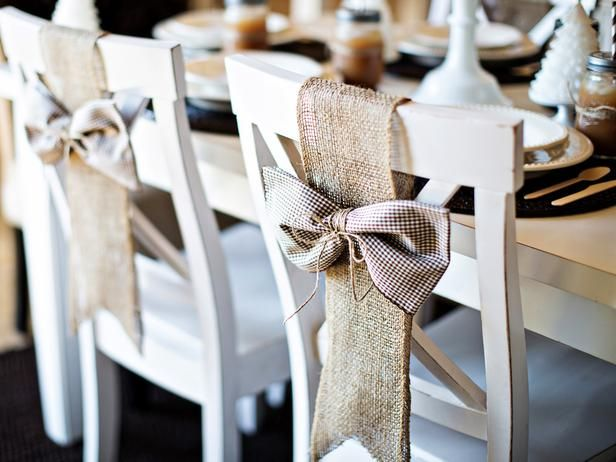 Idee handmade come decorare le sedie a Natale  : 8 iuta from www.guidacatering.it size 616 x 462 jpeg 46kB