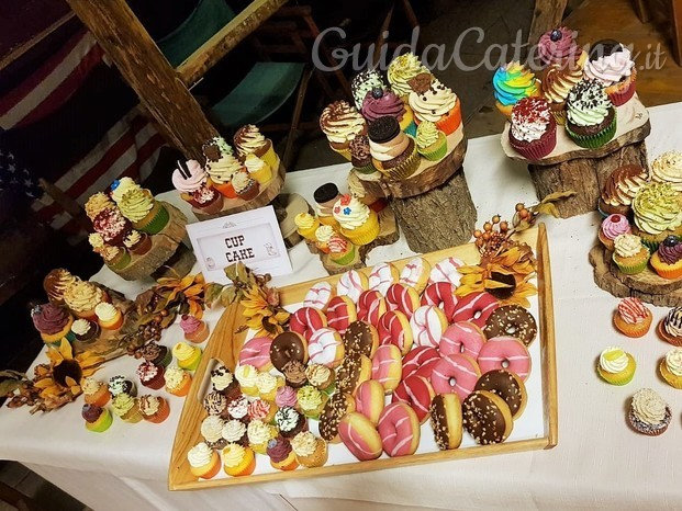 Sweet table per matrimonio country