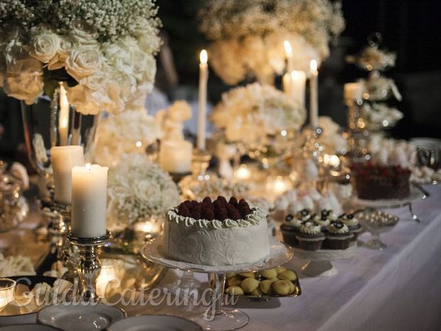 Pepper Diva Unconventional banqueting wedding sweet table