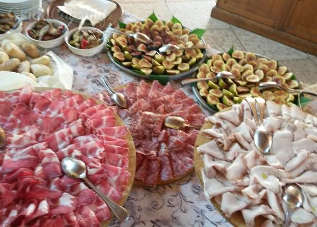buffet salumi e formaggi